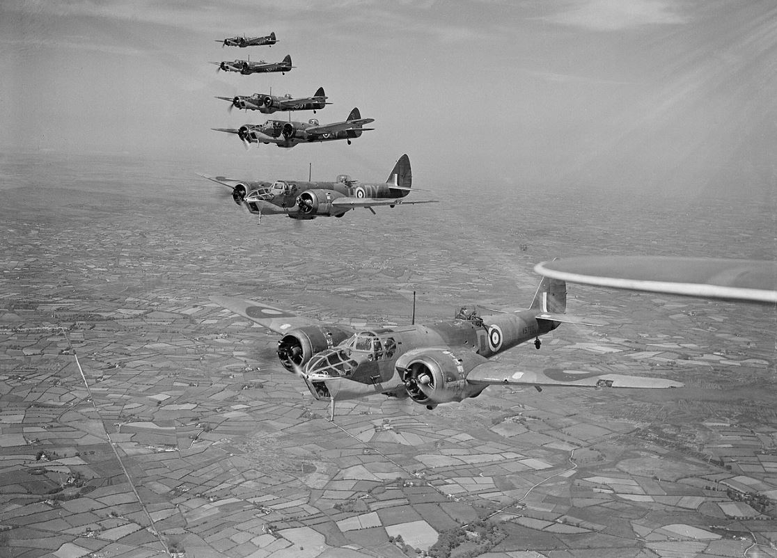 Bristol Blenheim Mk IVFs in formation.jpg
